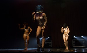 blackheart-burlesque-en-chile-8