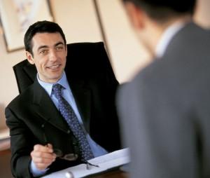 entrevista-laboral-hombre