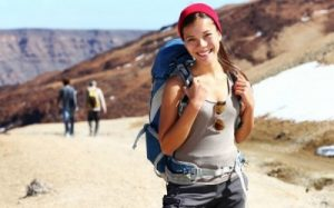 The-solo-lady-traveller-400x249