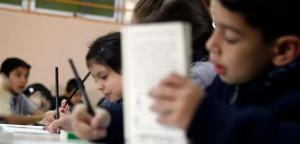 propuesta-diputados-limitar-tareas-colegios-escuelas-liceos-730x350