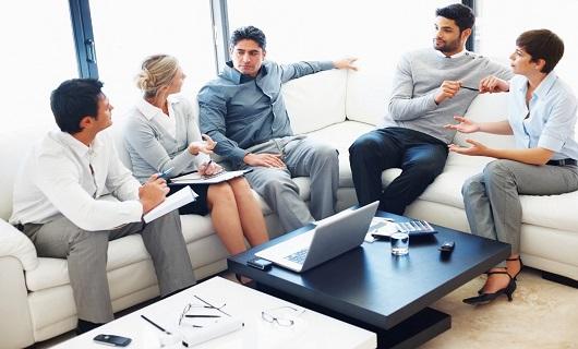Muchas empresas contratan a expertos en lenguaje corporal para las entrevistas. ¿Lo sabías?