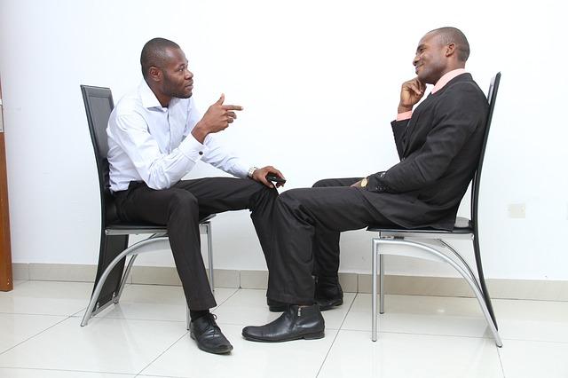 como-conseguir-una-buena-impresion-en-una-entrevista-de-trabajo