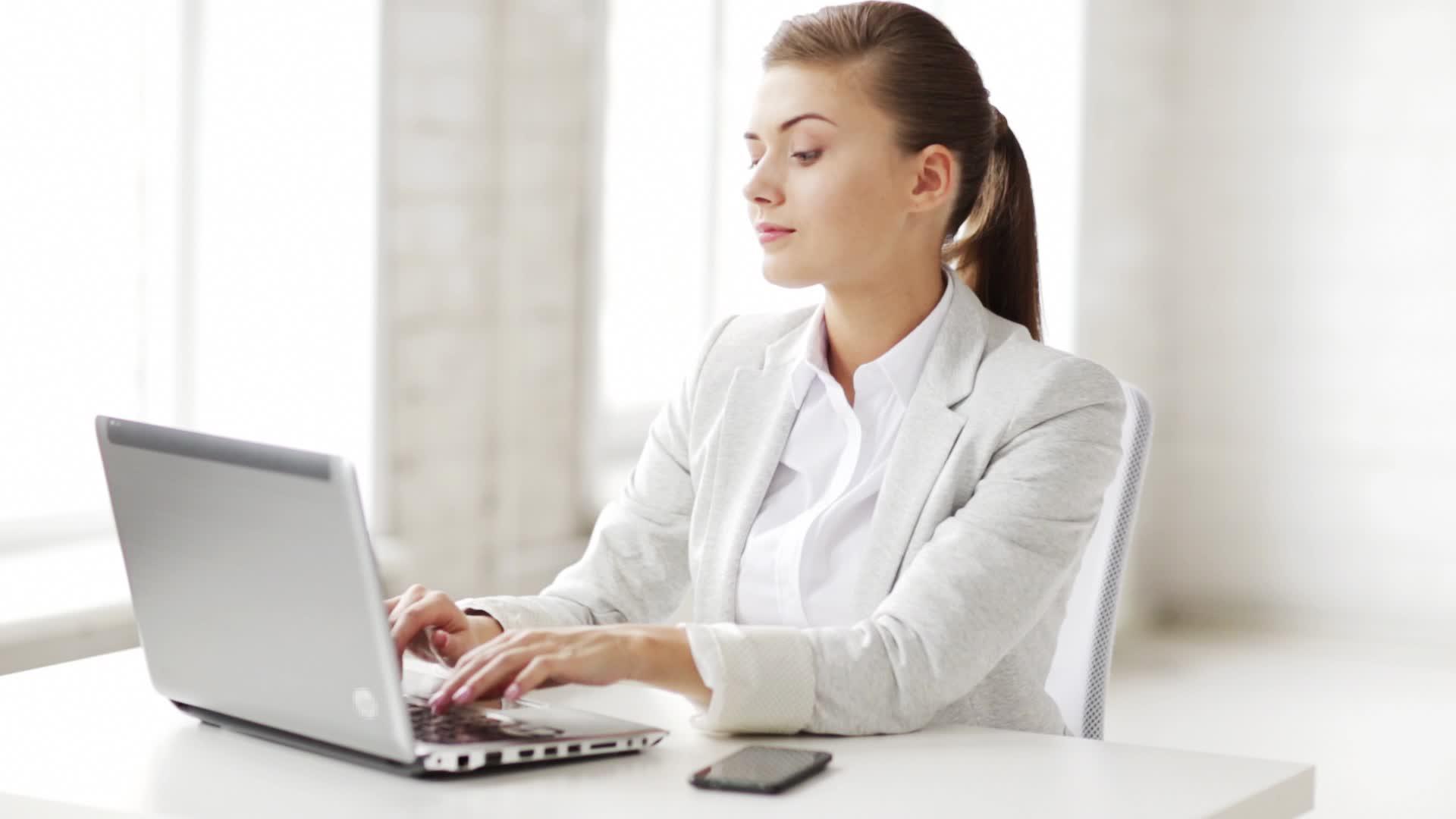 Colaciones saludables seg n el tipo de actividad laboral for Que es un oficinista